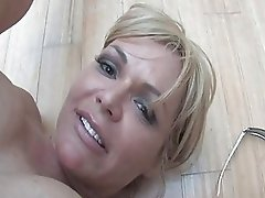 Slutty mom Kelly Leigh gets her wet Pussy pounded