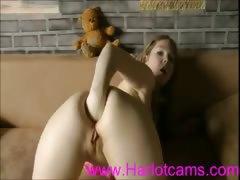 Girl fisting webcam porn