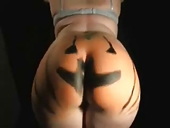HaPpY HaLlOwEeN! (Big Phat Ass in the Pumpkin Patch)