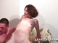 Double penetration pour cette cougar francaise