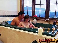Laura spoils her boyfriend by a BJ