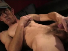Mature Amateur Bill Beats Off