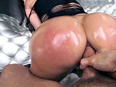 aleksa nicole bounced her tight asshole on that boner until she came hard