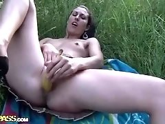 Amateur girl masturbates with banana