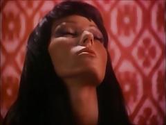 Vintage Arabian Nights lesbian tease