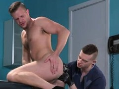 Fisting gay barefoot new video Brian Bonds stops in to obser