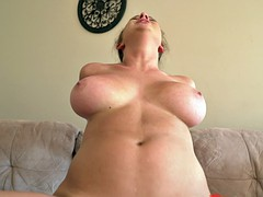Big tits and ass babe loves getting cum sprayed