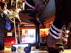 Alladino in Pantaloni di Lycra
