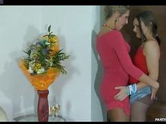 Laura&Nora horny pantyhose video