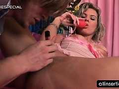Pussy toying and fingering for hot blonde hoe